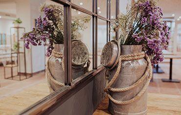 Restaurante El Mirador del Rio Carlos III -Restaurante El Mirador del Rio Carlos III - Detalle decoración